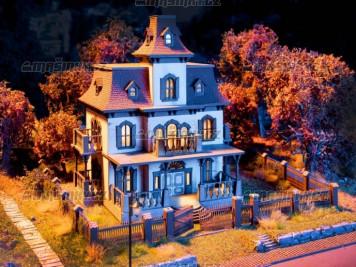 H0 - Strašidelný dům mikro-sound se světelnými efekty
