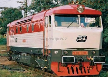 TT - Dieselová lokomotiva řady T 749 - ČD (červená/šedá)
