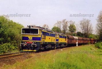 Pohlednice - Lokomotivy 753.707 a 708 projíždí Kralupy nad Vltavou - květen 2005
