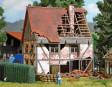 H0 - Zchátralý hrázděný dům
