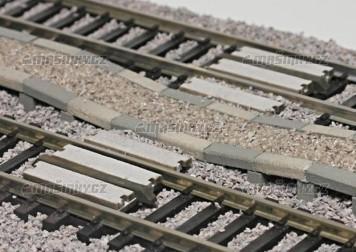 H0 - Sypané nástupiště - přechodový díl